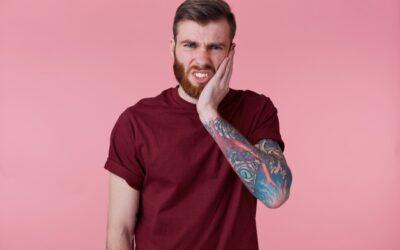 Bruxismo, le cause e i rimedi per chi digrigna i denti